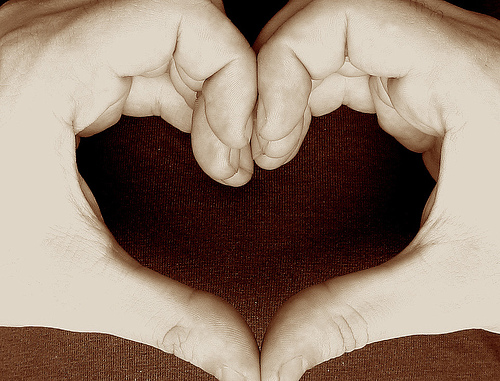 making heart by hands-#28